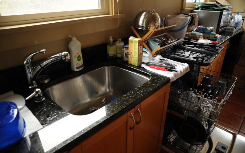 Do You Need To Caulk Around Kitchen Sink Kitchen