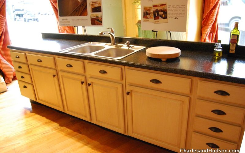 Question: What Paint Will Stick To Formica?? - Kitchen