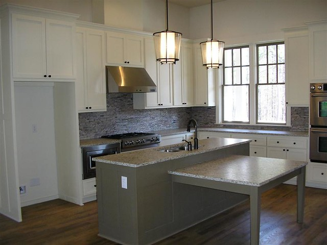 Quick Answer: Can I Spray Paint My Cabinets?? - Kitchen